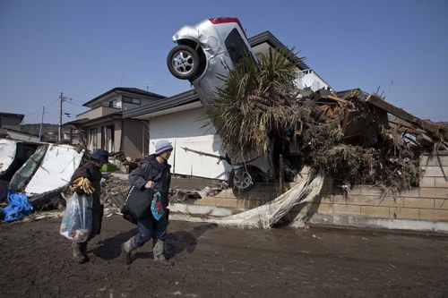 Car embedded in a house in Japan